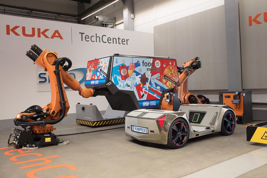 Des Suisses inventent le taxi autonome de vos rêves ! Par Mehdi Karam  MicroSNAP_E4bl